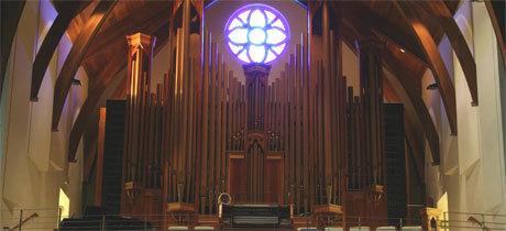 De ce nu avem instrumente muzicale in biserica?