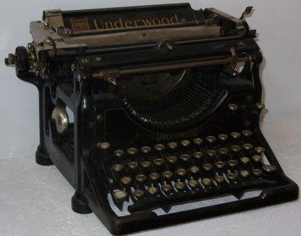 Prima masina de scris