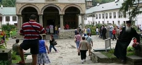 Turismul, cea mai puternica religie a lumii de astazi