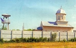 Manastirea Libertatea - Sfanta Treime