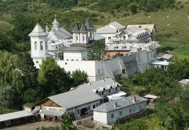 Drum spre Manastire
