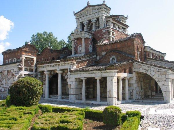 Biserica Sfanta Fotini din Mantinia