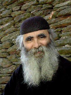 Parintele Ioan, un fotograf in lumea monahilor