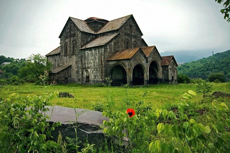 Manastirea Akhtala