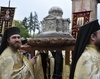 Moastele Sfantului Andrei purtate in procesiune