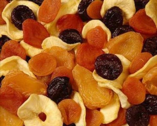 Prajitura cu fructe uscate