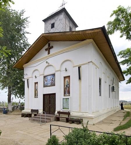 Biserica Sfanta Treime - Bobesti