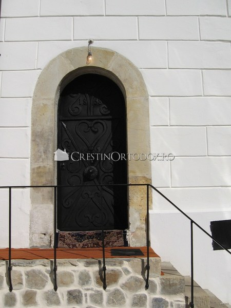 Usa altarului Manastirii Agapia