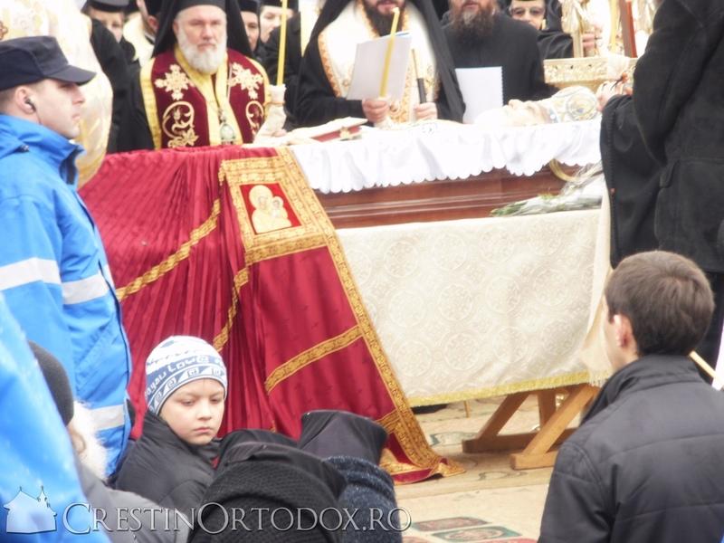 Manastirea Poglet - Inmormantarea IPS Adrian Hritcu