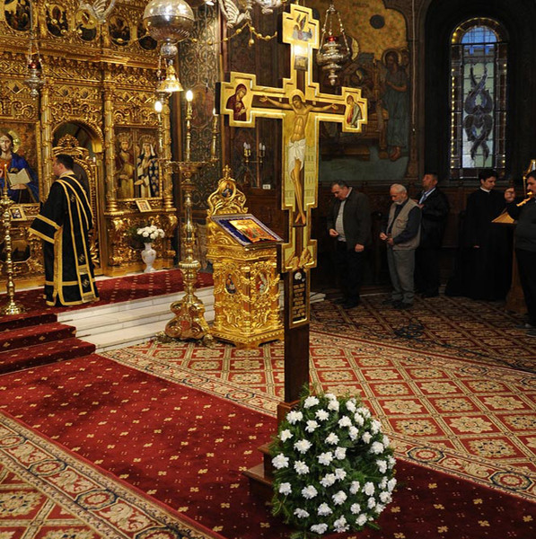 Crucea este semnatura crestinului