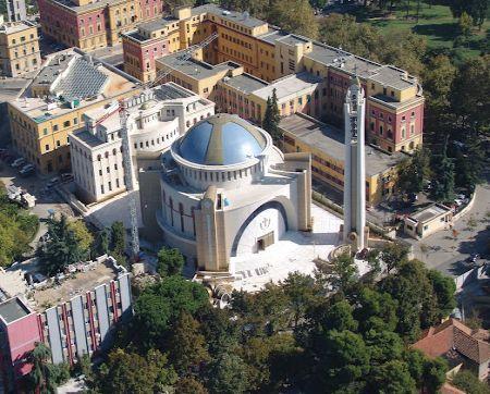 Catedrala Invierea Domnului - Tirana