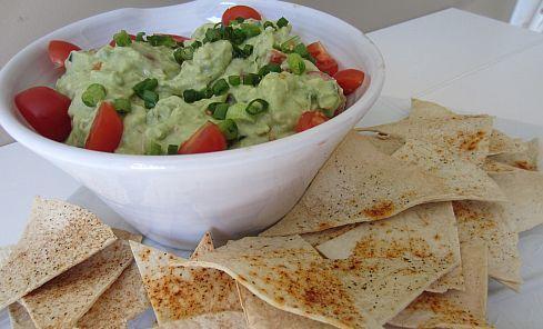 Pasta de avocado si humus