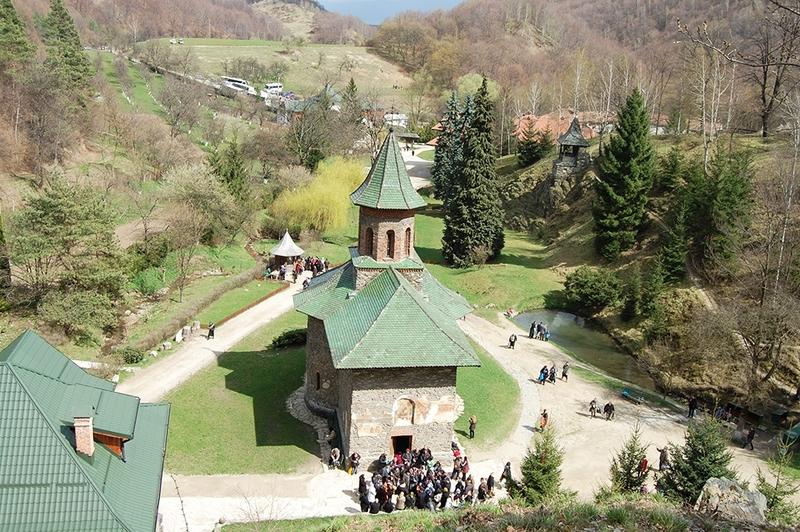 Pelerinaj la Manastirea Prislop