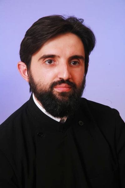 Trecerea cu Cinstitele Daruri peste trupurile credinciosilor nu are valoare sacramentala