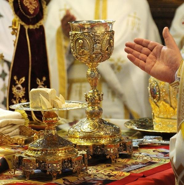 Invatatura Bisericii Ortodoxe despre jertfa euharistica - acceptarea Euharistiei ca jertfa