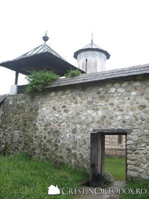 Manastirea Polovragi
