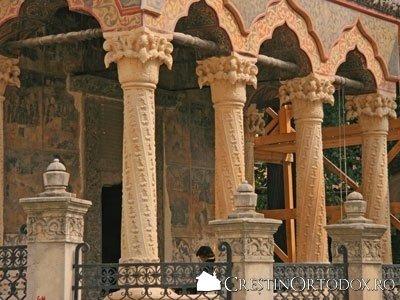 Biserica Stavropoleos - Pridvor