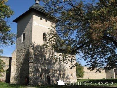 Manastirea Probota - Turnul clopotnita