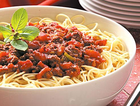 Spaghetti cu sos de rosii
