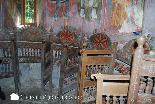 Manastirea Valea Manastirii - Strane