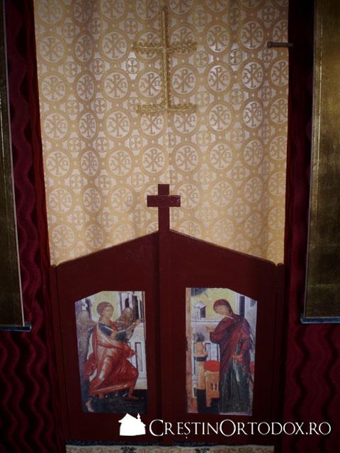 Manastirea Ponor - Usile Imparatesti