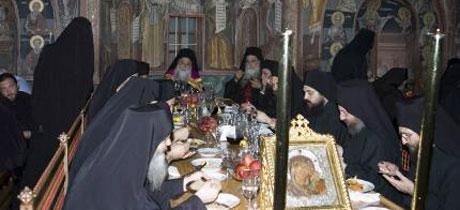 Trapeza - locul unde hrana devine rugaciune