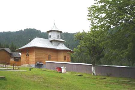 Manastirea Rarau