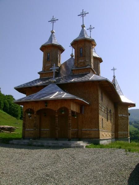 Manastirea Sfanta Treime - Moiseni