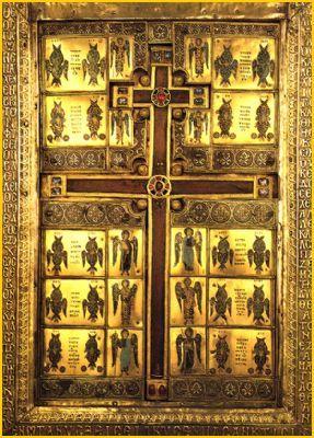 Aratarea semnului Sfintei Cruci pe cer la Ierusalim