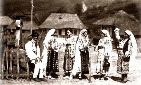 Imagini pentru valori traditionale romanesti