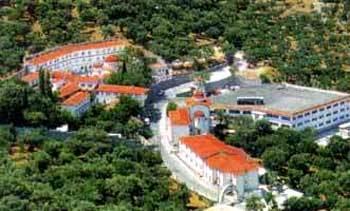Manastirea Sfantul Rafail - Colina Karyes