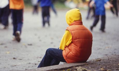 Părăsiţi de părinţi, copiii au nevoie de a doua şansă