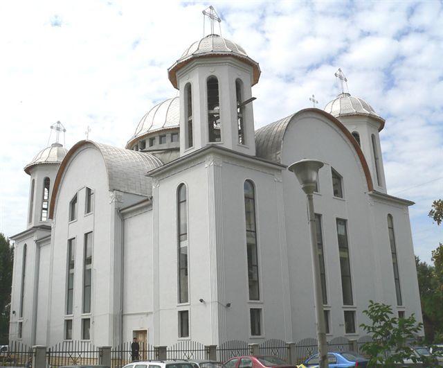 De vorba cu tinerii la Biserica Sfantul Apostol Andrei - Parva