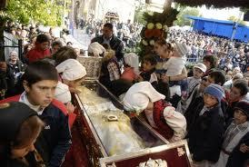 Pelerini la moastele Sfantului Dimitrie cel Nou