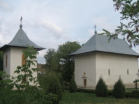 Biserica Sfanta Parascheva - Cotnari