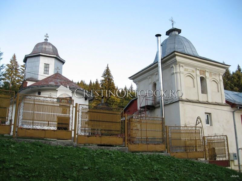Manastirea de maici din Predeal