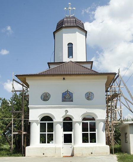 Biserica Izvorul Tamaduirii - Domnesti de Jos