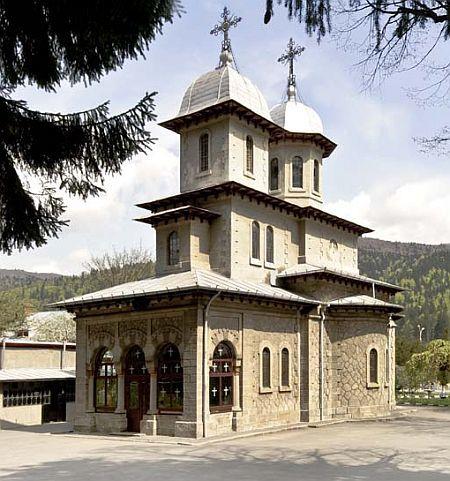 Biserica Nasterea Maicii Domnului - Busteni