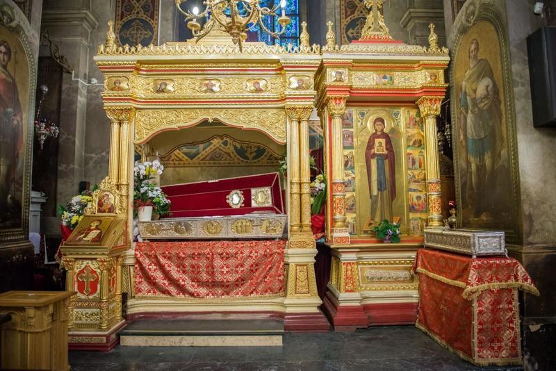 Baldachinul in care sunt prezente moastele Sfintei Cuvioase Parascheva