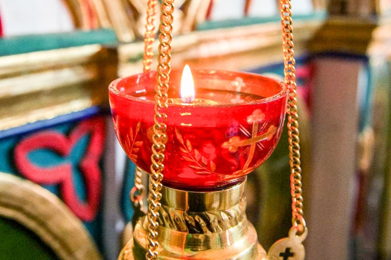 De ce aprindem candelele