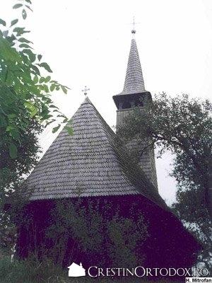 Biserica de lemn din Libotin - Sfintii Arhangheli Mihail si Gavriil (1671)
