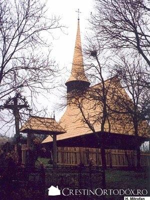 Biserica de lemn din Salisca - Sfintii Arhangheli Mihail si Gavriil (1680)