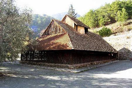 Biserica Araka - Lagoudera