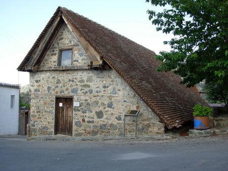 Biserica Sfantul Arhanghel Mihail - Pedoulas