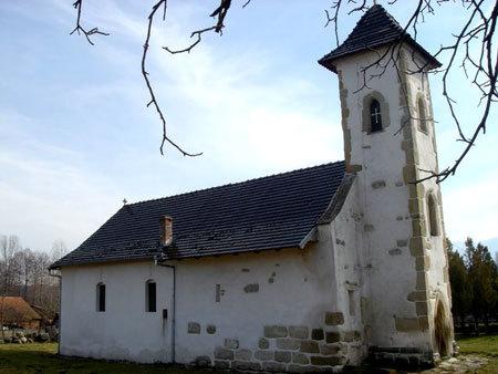 Biserica Ostrov
