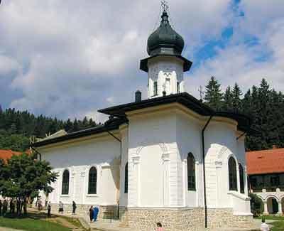 Manastirea Agapia - o straja a frumusetilor