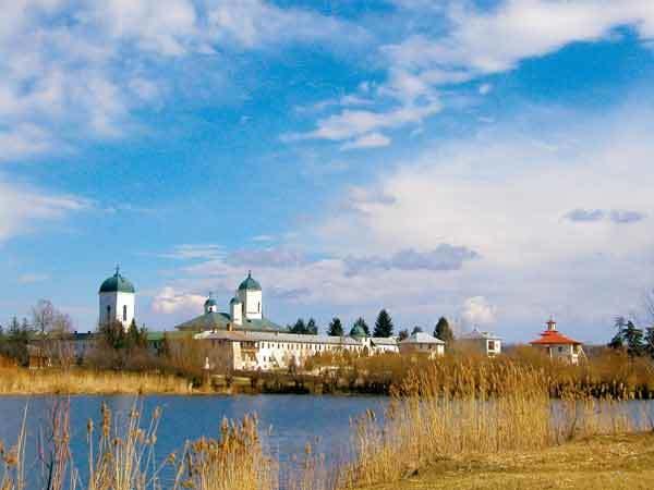 Manastirea Cernica - suflarea duhului peste ape