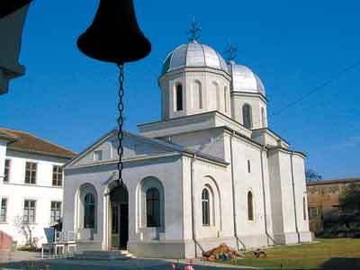 Manastirea Comana - Marire si decadere. Renastere.