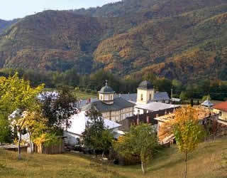 Manastirea Frasinei - singura manastire nesecularizata