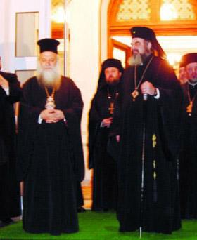 Moastele Sfantului Apostol Pavel au ajuns la Iasi